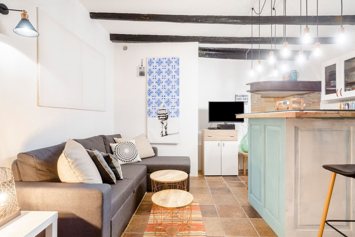 Walk by the Blue Adriatic from a Stylish Central Cottage