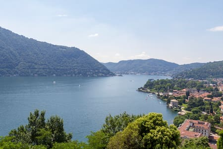 Bright home with stunning views over Lake Como