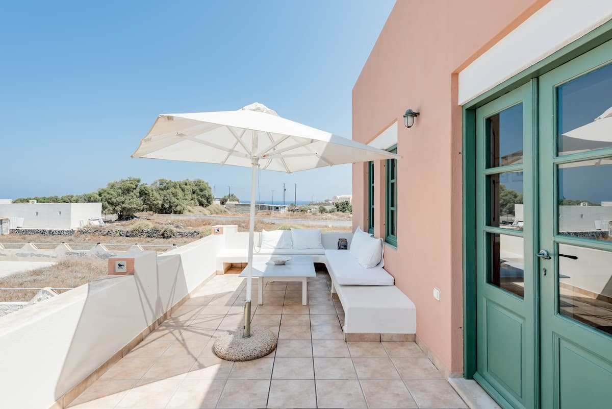 Romantic Studio With Sunset Views of the Aegean Sea