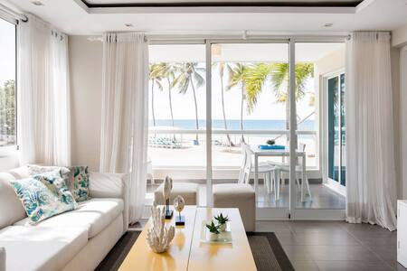 Beachfront Condo, Steps from the Sand