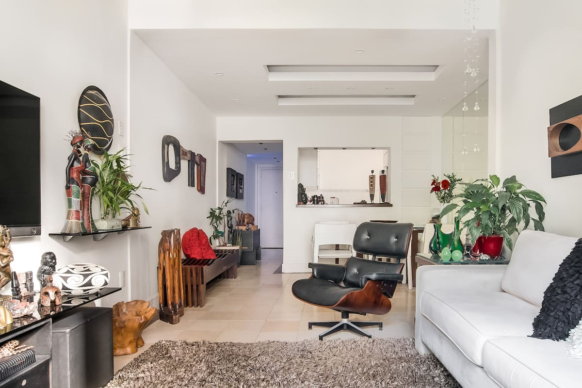 Private Room With En Suite One Minute From Copacabana Beach