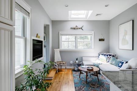 Tiny Home in Prime Spot in Southampton Village