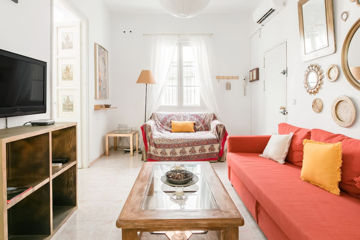 Bright, Enchanting Apartment in the Heart of Seville