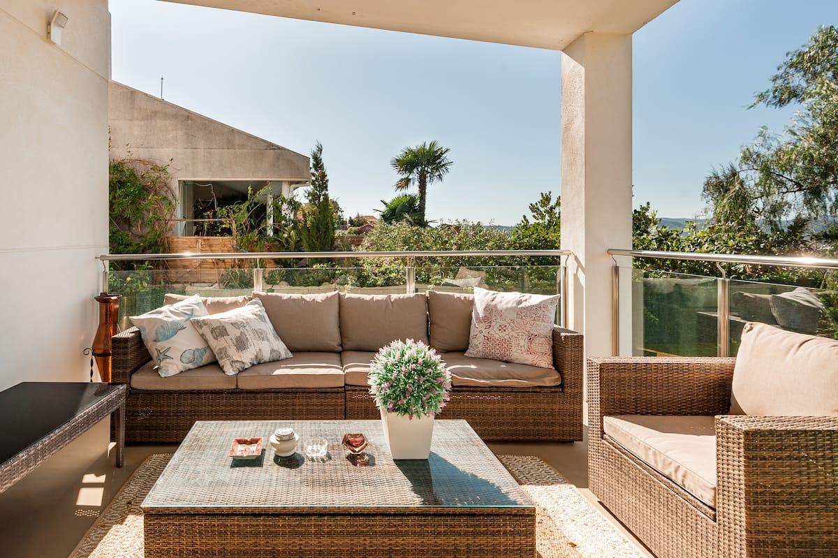 Amplia suite en casa privada con piscina en Sant Just Desvern