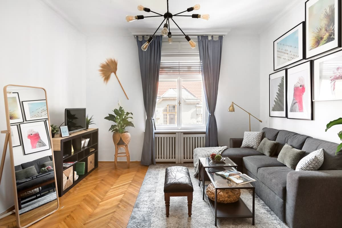New Downtown Apartment Near Margaret Island and the Danube