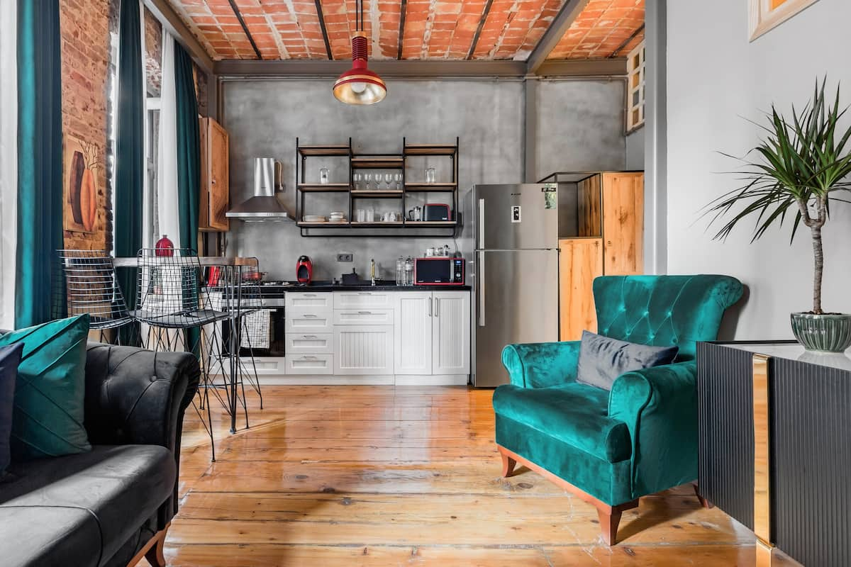 Elegant Industrial Emerald Velvet in the Heart Of Taksim