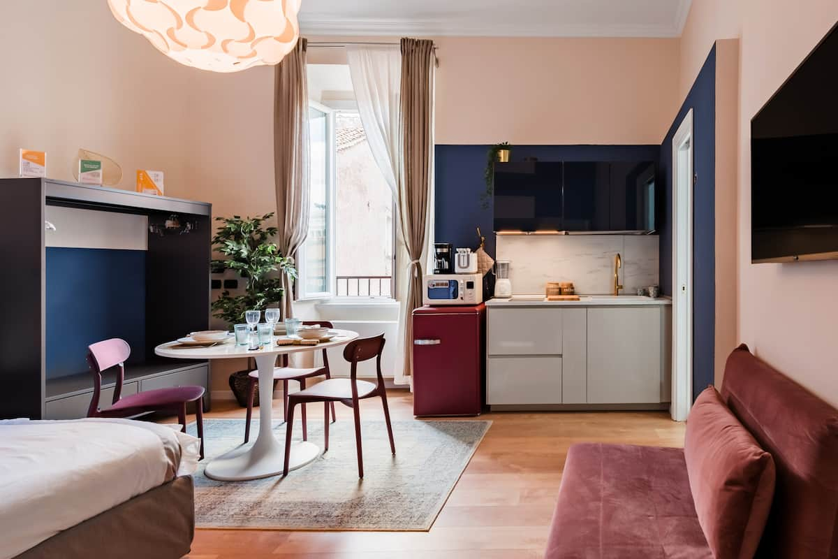 Chic, Cozy Hideaway in the Heart of Rome