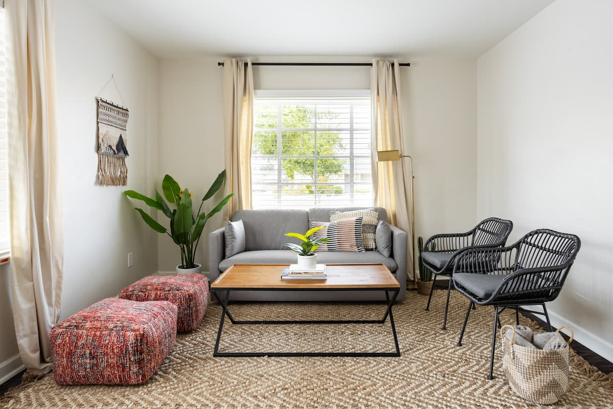 Mitchell at Midtown Remodeled 1946 Encanto Village Home