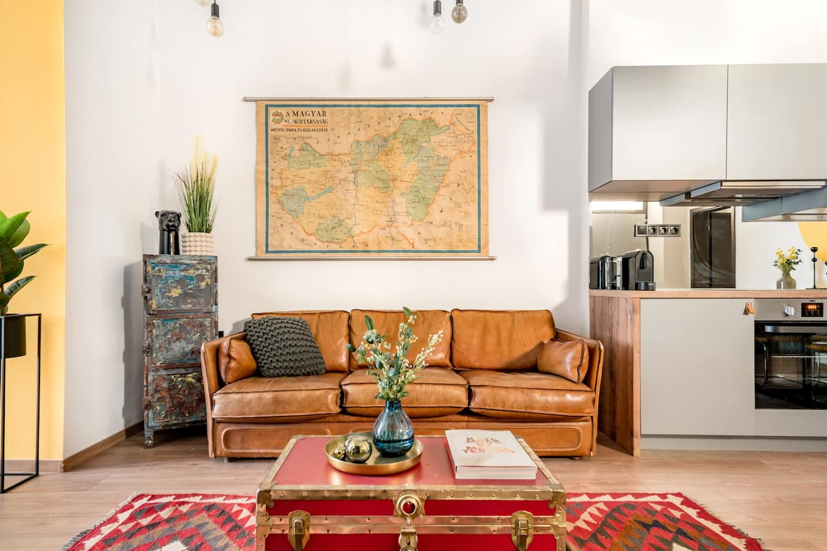 Cool & Vintage Style Apartment in the Famous Jewish Quarter