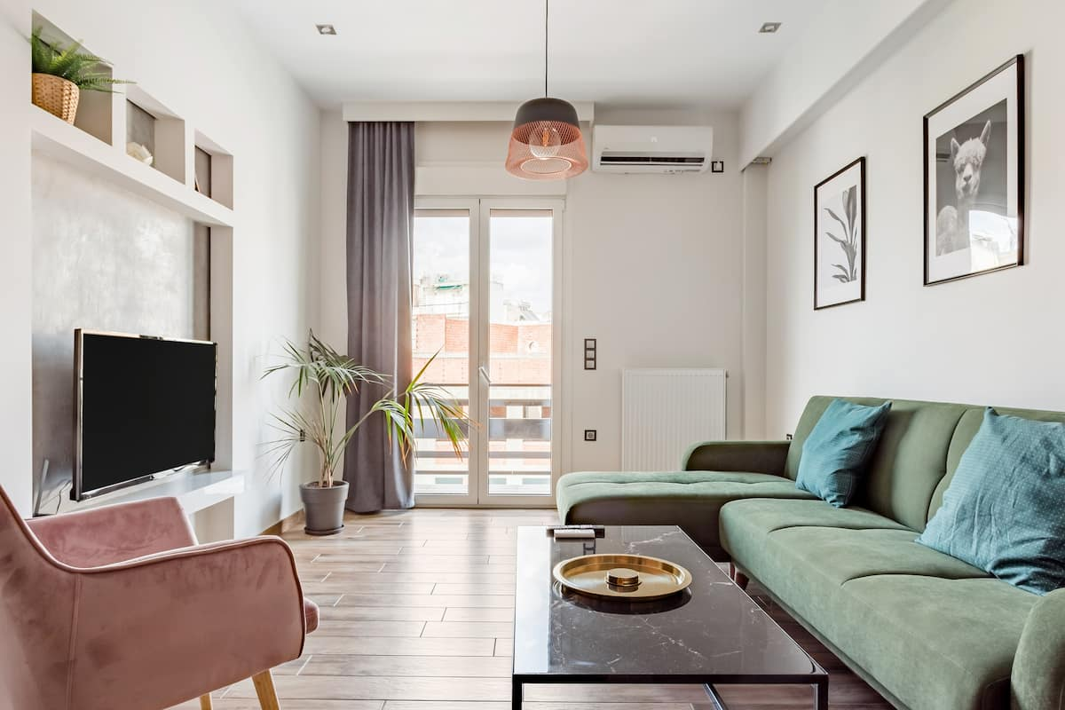Luxury two bedrooms apartment in the center of Athens