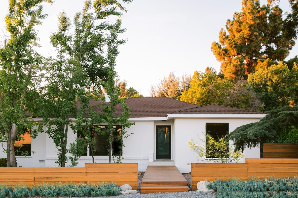 Artists' Home With Expansive Backyard Oasis in Claremont
