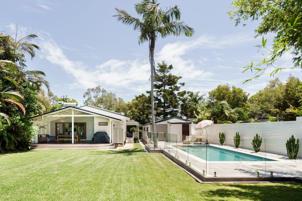 The Jetty House Belongil Beach and Backyard Pool