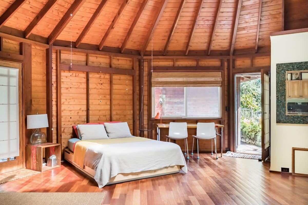 Romantic Dodecagon Retreat Near a Black Sand Beach