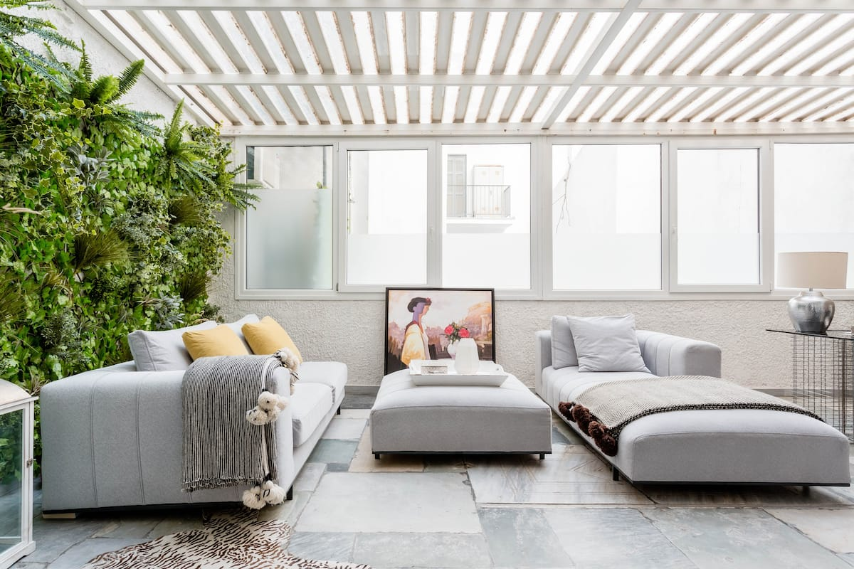 Kolonaki Art Gallery Converted Grand Loft with Atrium Garden