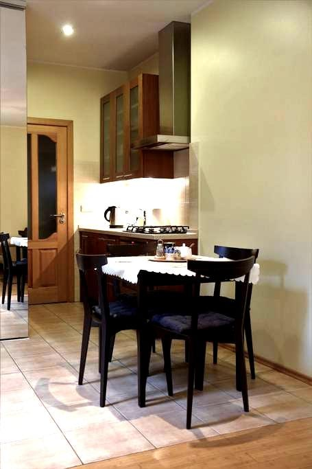 Oak park home for your comfortable and cozy stay - Kaunas - Apartment