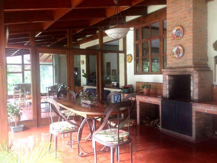 Casa Hacienda Atirro - Turrialba - Hus