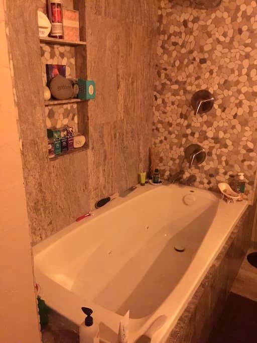 Mineral springs suite - Desert Hot Springs - Townhouse