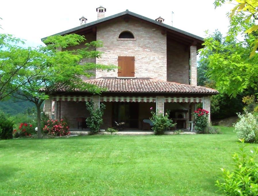Villa in collina - Sartorano - Villa