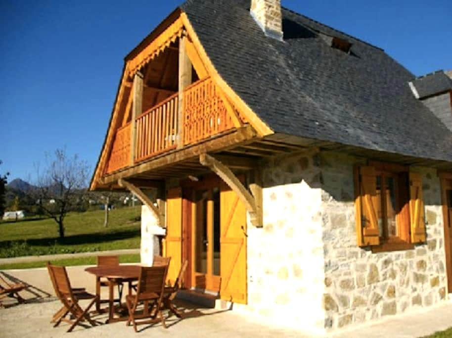 Chalet Isaby - Ouzous
