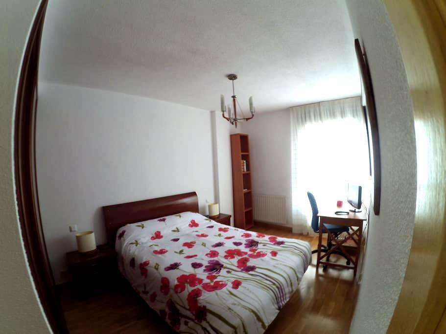 Apto. De 3 dormitorios - Madrid - Daire