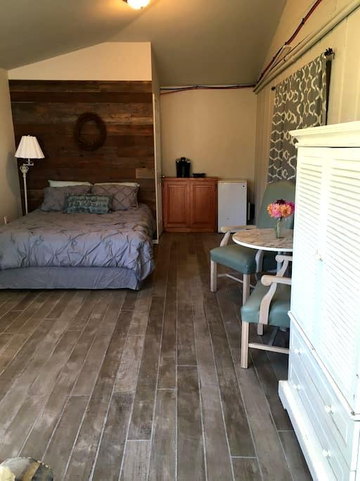 Gichaele Pond Private Suite - Eatonville - Ev
