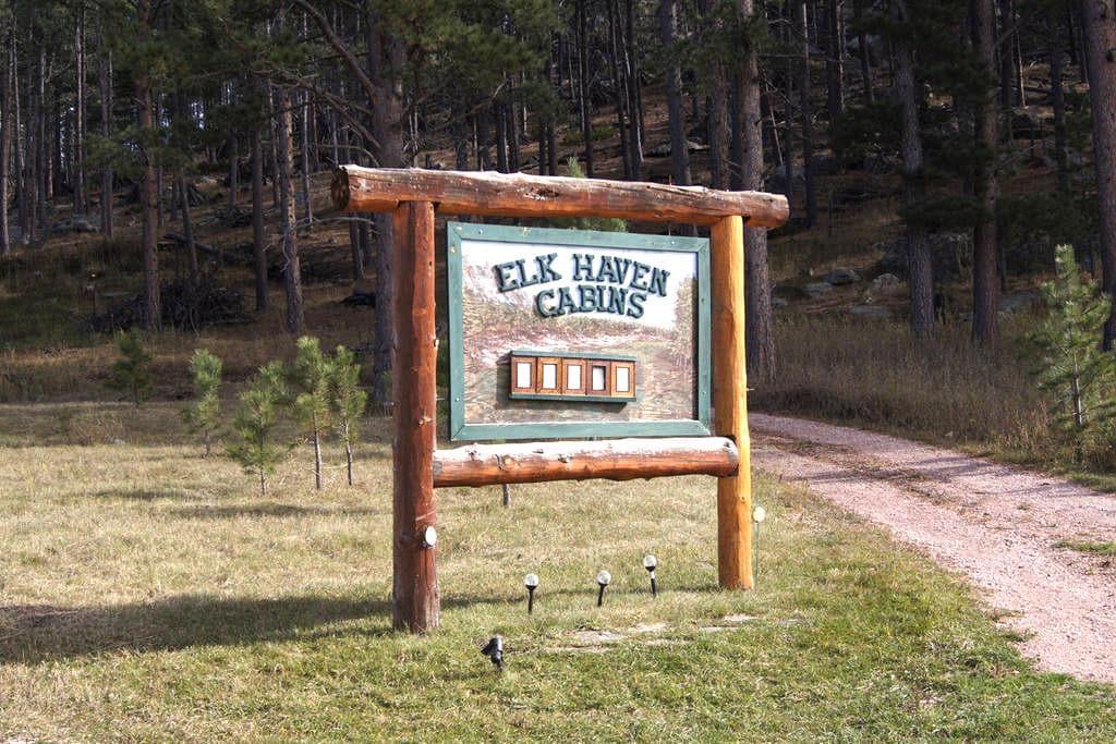 Elk Haven Vacation Cabins #3 - Custer