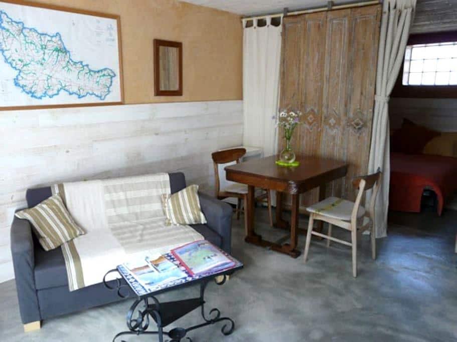 Belle ile en mer : charmant studio - Locmaria - Ev