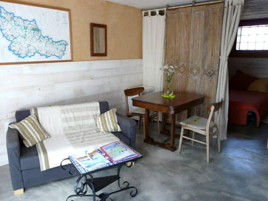 Belle ile en mer : charmant studio - Locmaria - Casa
