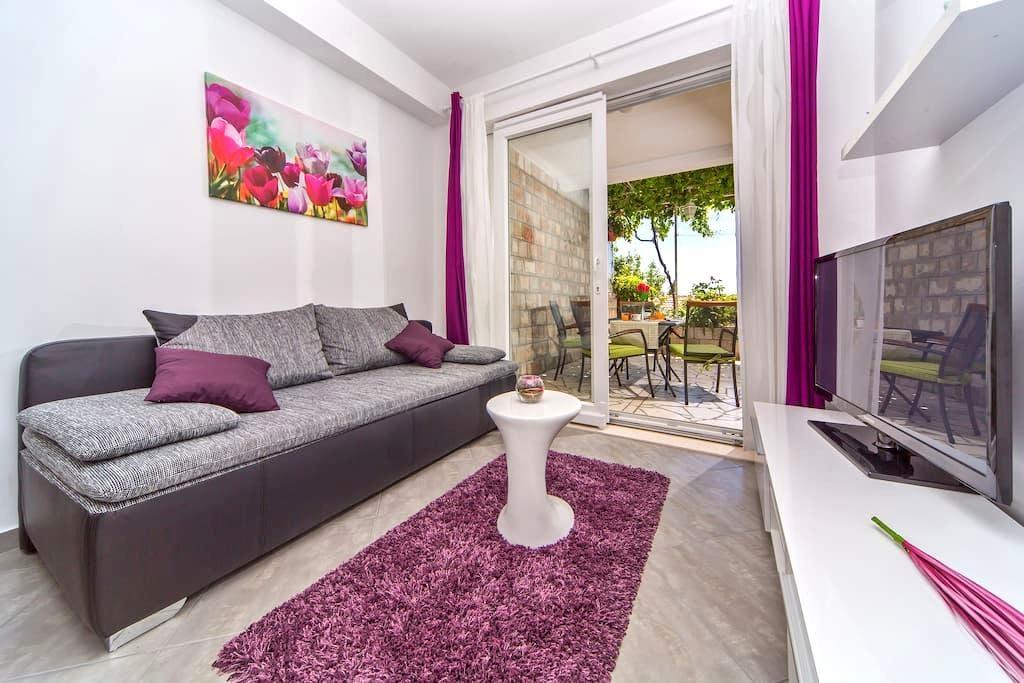 Apartment Flora - Mlini - 公寓
