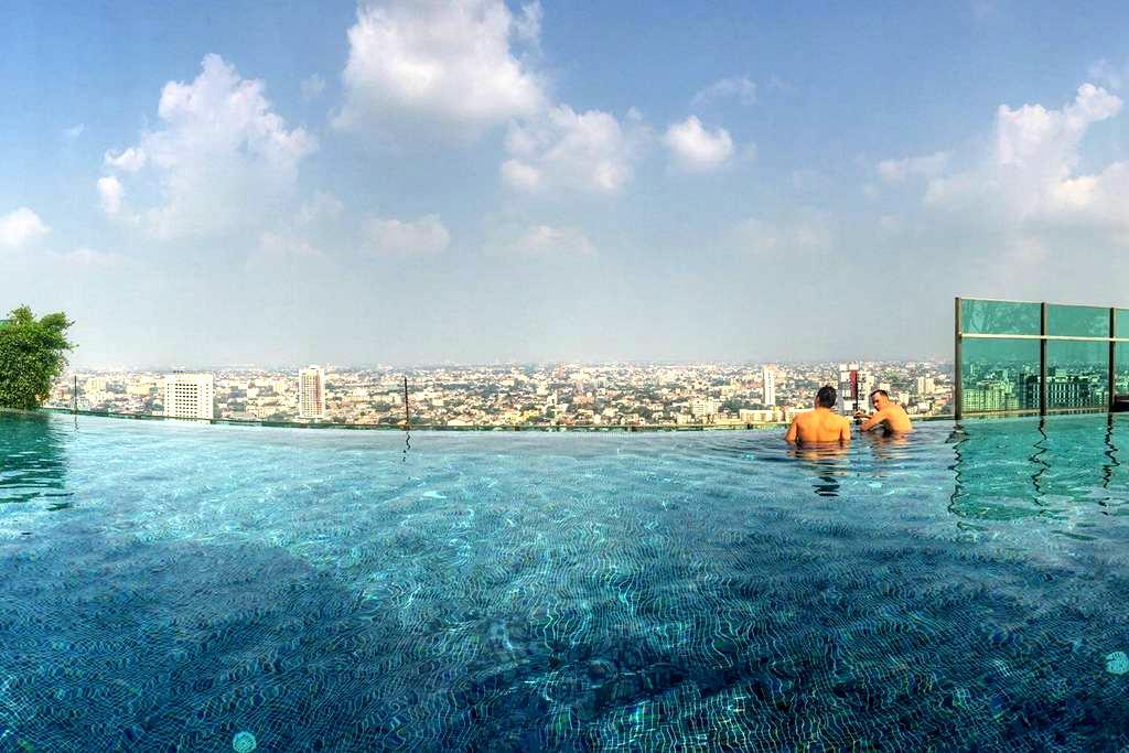 High floor 1BR, rooftop pool, MRT - Bangkok