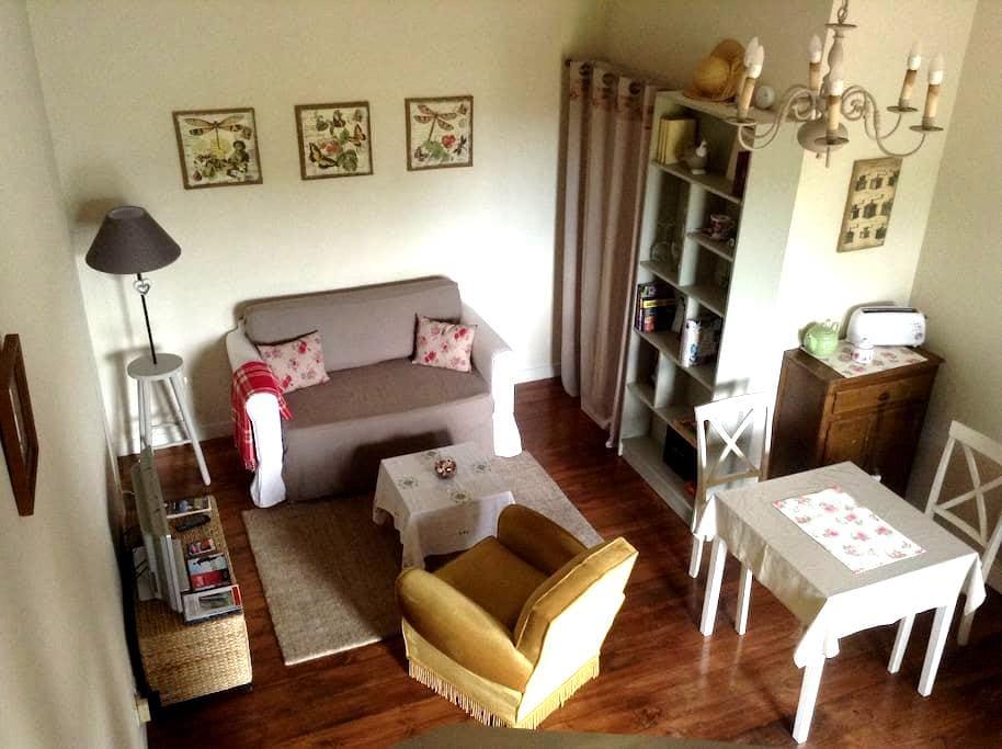 logement privé à la campagne - Saint-Laurent-de-Gosse