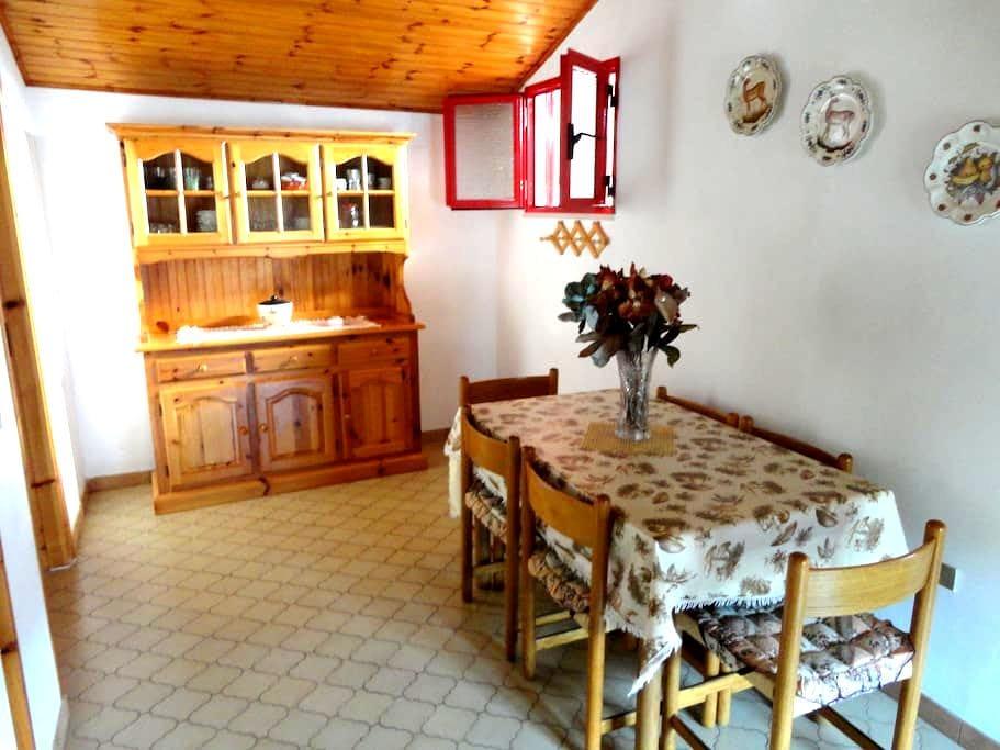 Ariosa mansarda con Terrazzo - Rodio - Appartamento