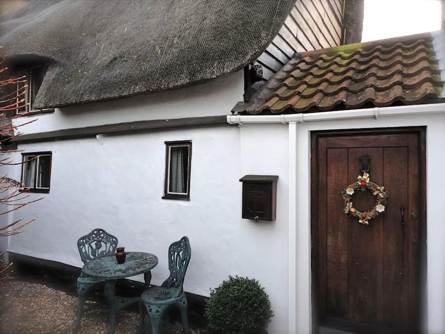 Honeyway Cottage Entire House - Whittlesey