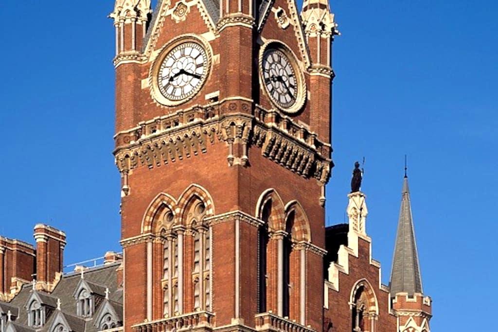 St Pancras Clock Tower Guest Suite - London