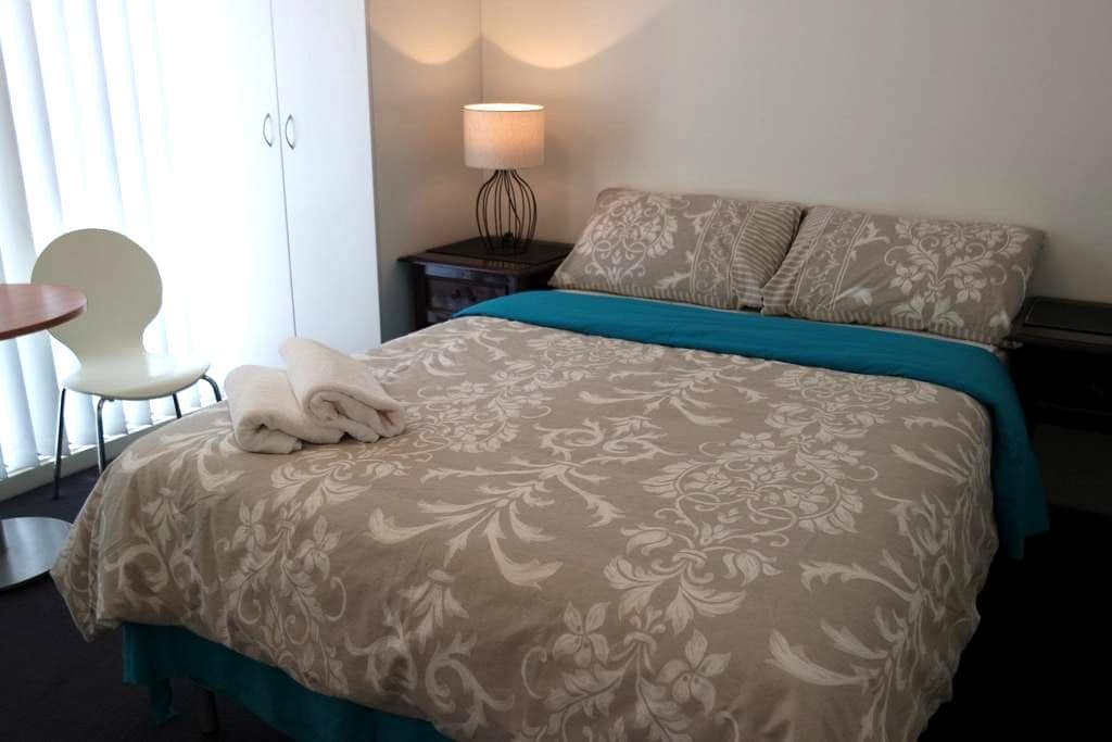 standard quality studio accommodati - Leichhardt - Appartement