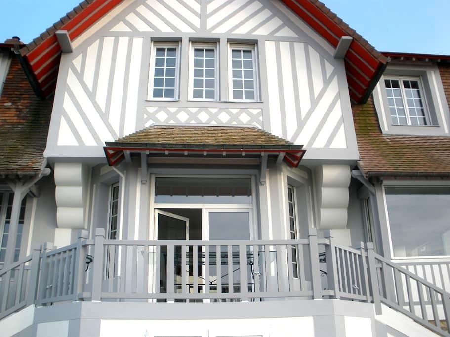 Villa La Cavale - Benerville-sur-Mer - Hus