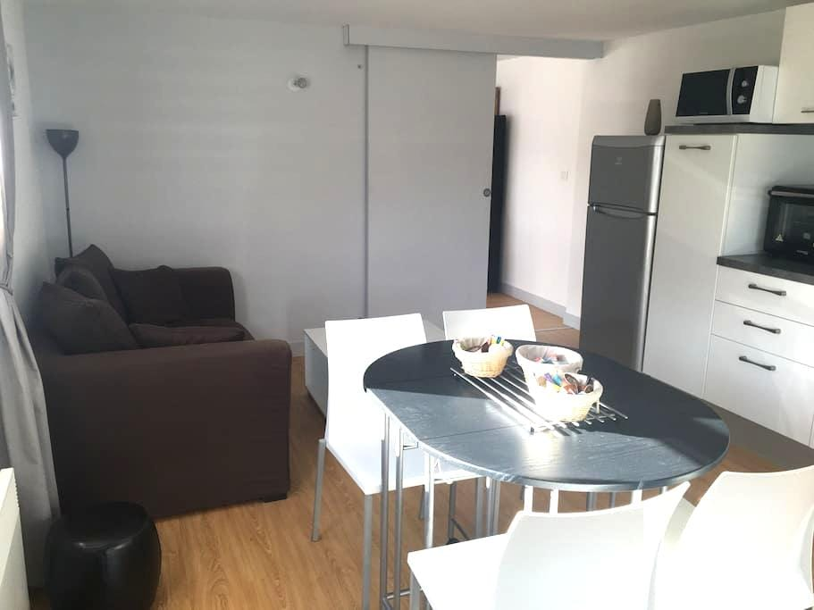 T2 neuf indépendant avec parking - Larmor-Plage - Apartament
