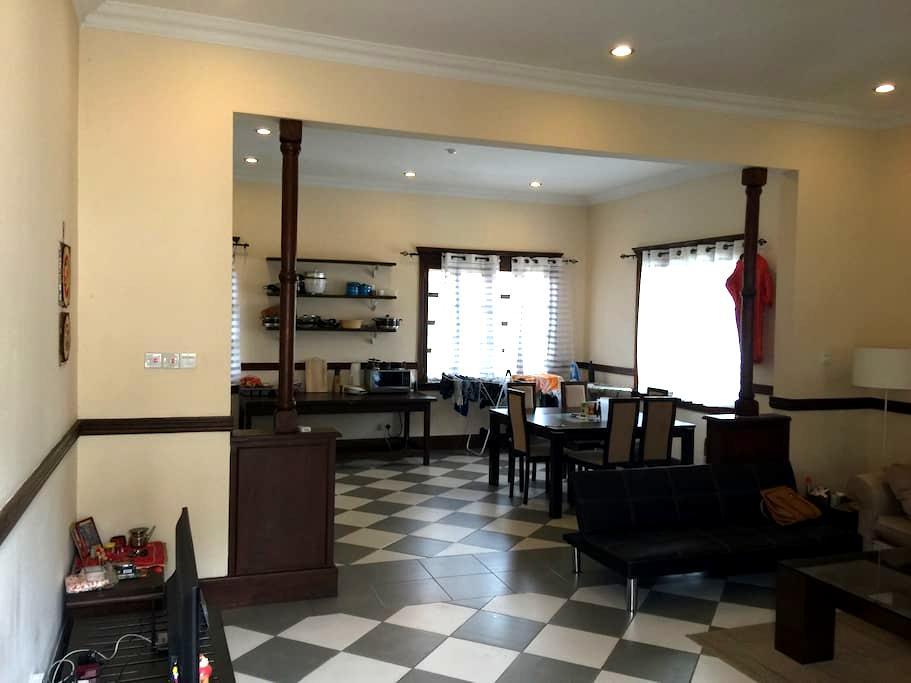 A Beautiful Colonial Retreat in Osu - Accra - Apartment