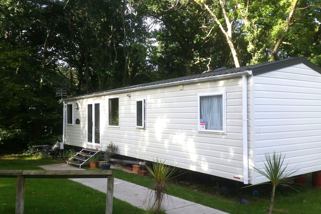 Caravan, 2 bed, sleeps 6, Thorness Bay, IOW. - Cowes - Chatka w górach