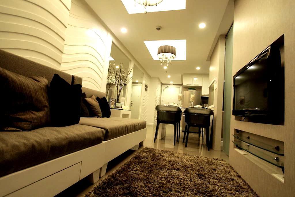 Fort Bonifacio Elegant 1 BR Suite - Taguig - Lägenhet