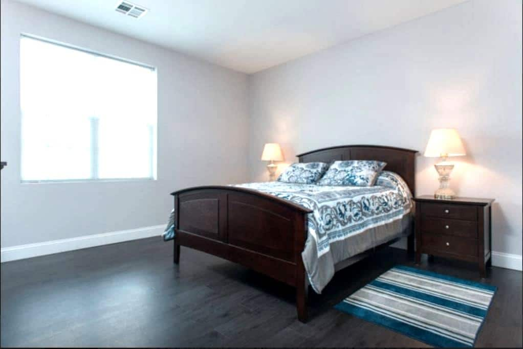 2 bedroom apt downtown Waltham #202 - Waltham - Apartament