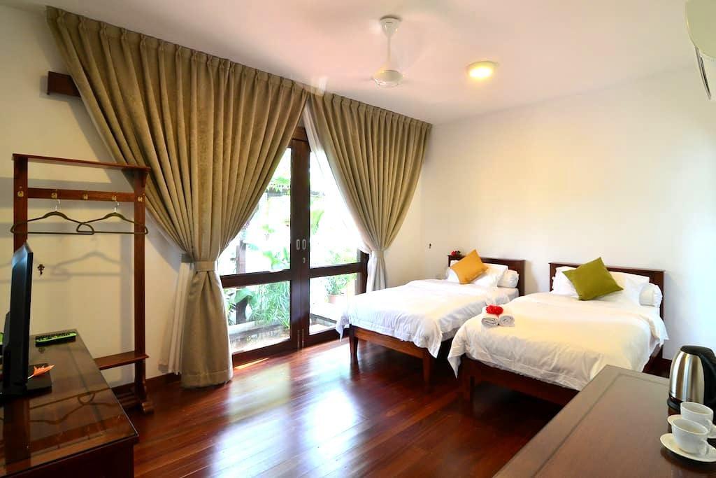 双人房附加泳池设施 - Malacca - Huvila