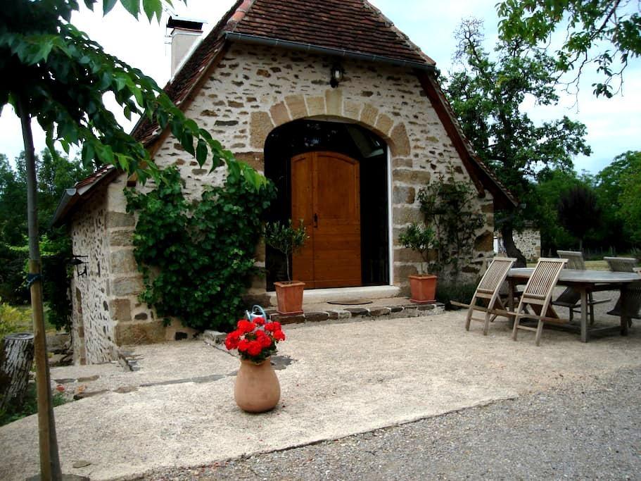 Gîte de la Roudière - Lacapelle-Marival - Huis