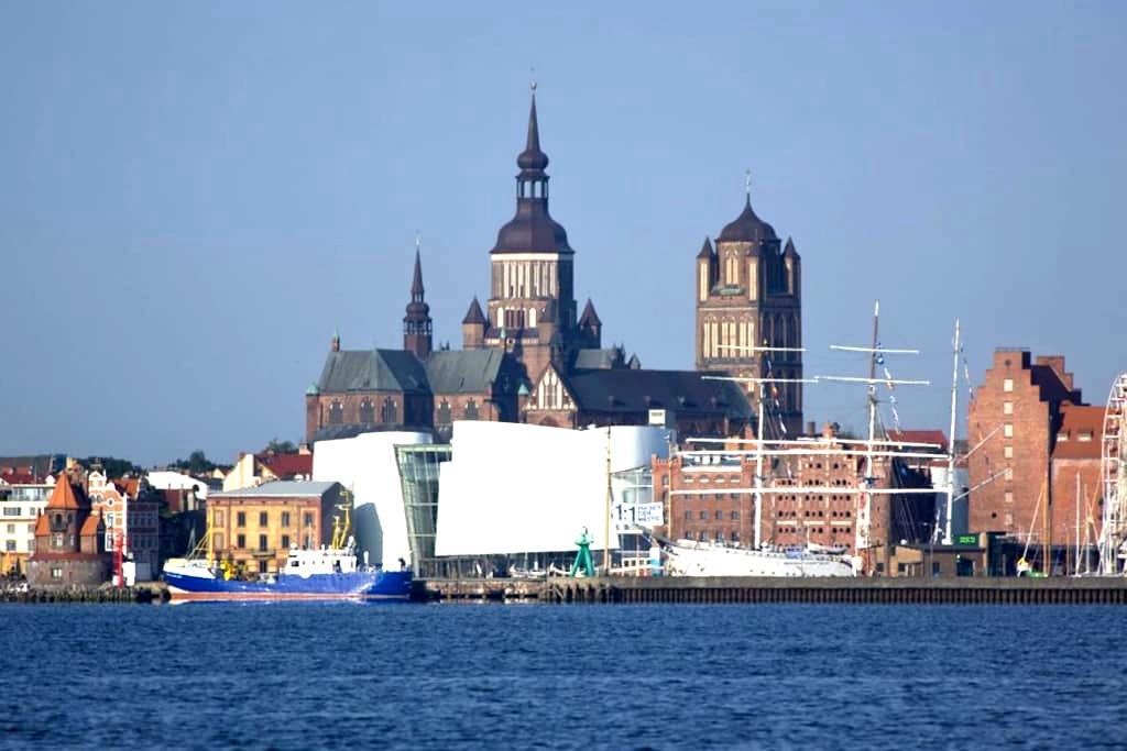Ferienwohnung UNESCO-Weltkulturerbe - Stralsund - Pis