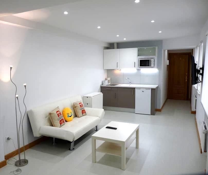 APARTAM. , SILENCIOSO, WIFI, ALL YOU NEED! - Salamanca - Apartamento
