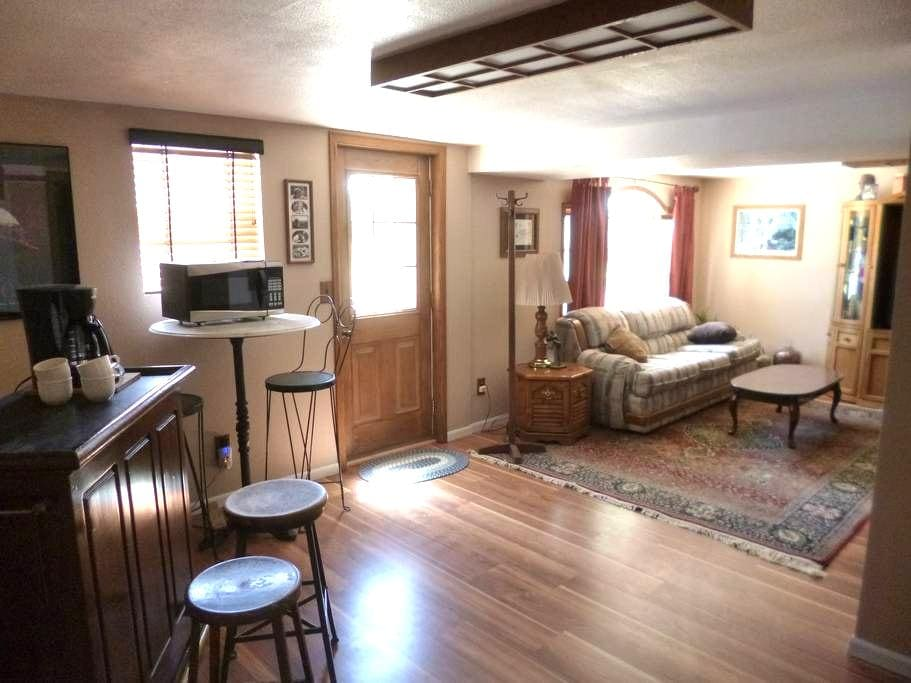 Cozy, Private Suite in the West - Flagler - Haus