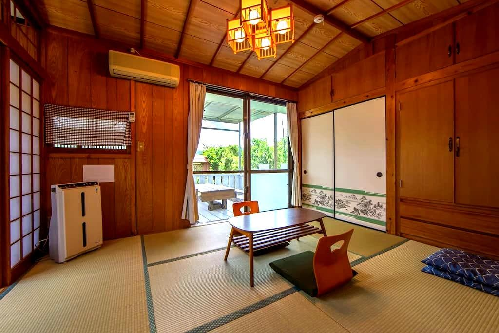 Private Tatami room with mini Terrace max4 BBQok! - Nakijin  - Huis