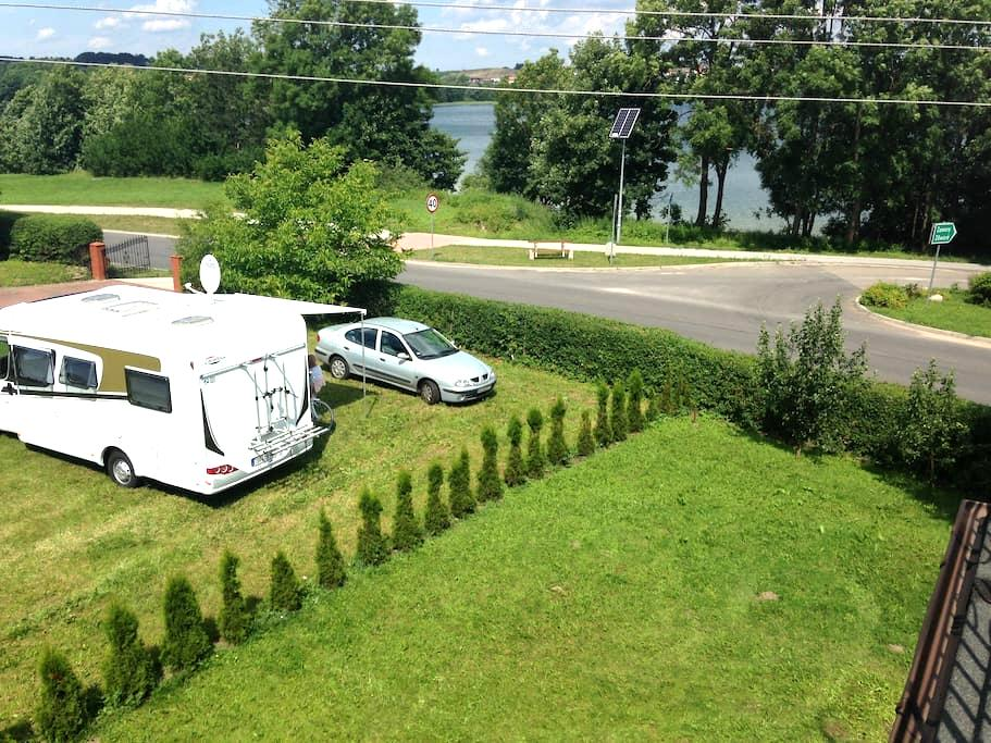 Nocleg na Kaszubach w Chmielnie nad jeziorem - Zawory