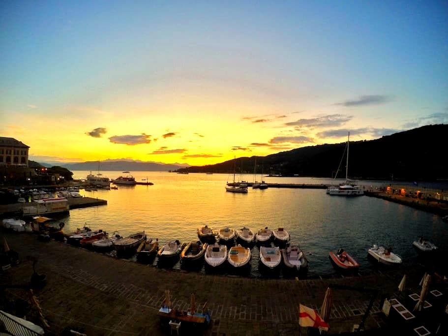 Amazing apt with view in the middle of Portovenere - Porto Venere - 獨棟