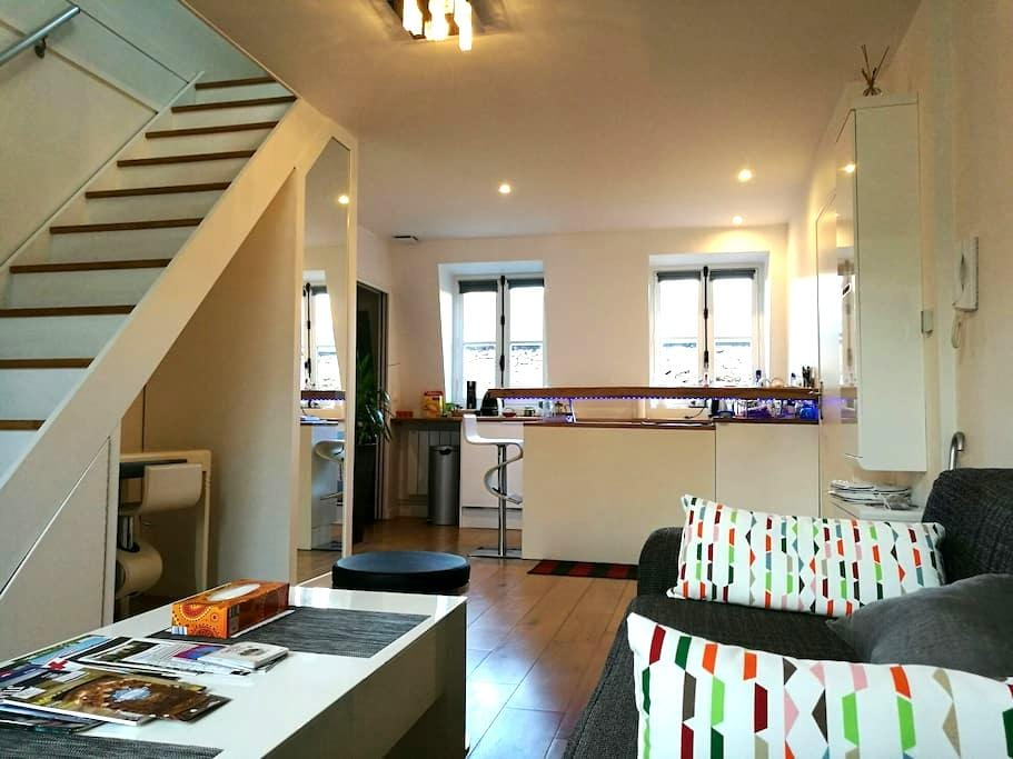 Design & charming apartment next to the castle - Versalles - Departamento